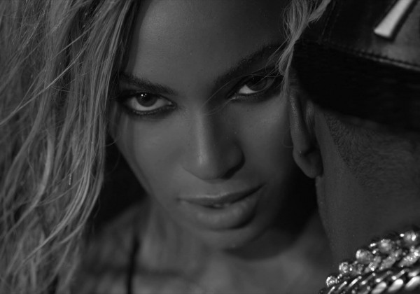 #musicmonday – Beyoncé strikes again